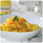 Pechuga de pollo al curry con orejones de melocotón