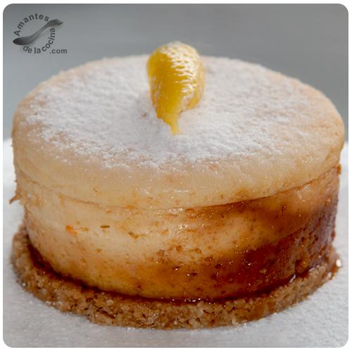 Mini tortas de queso crema, caramelo y limón