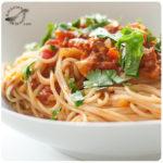 Espaguetis con salsa de atún