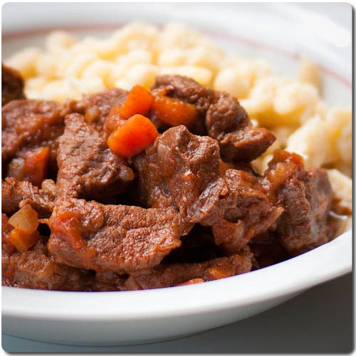 Carne guisada estilo Gulash