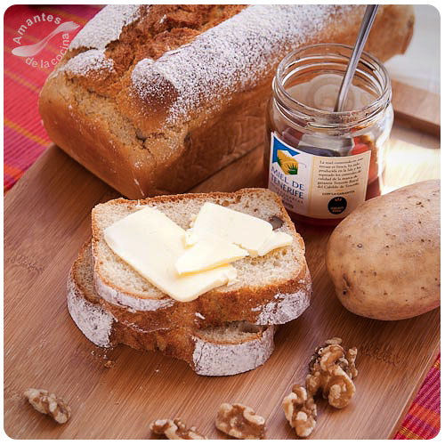 Pan de papas con nueces