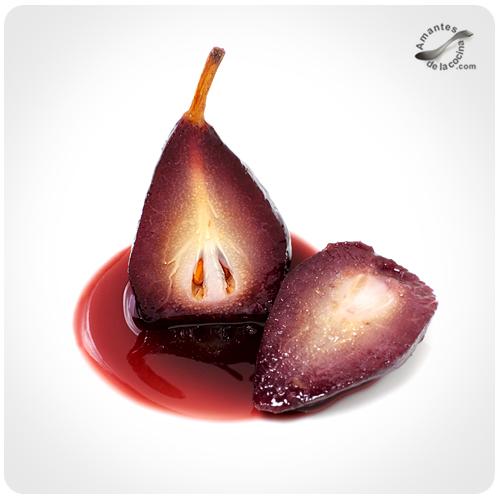 Peras al vino tinto