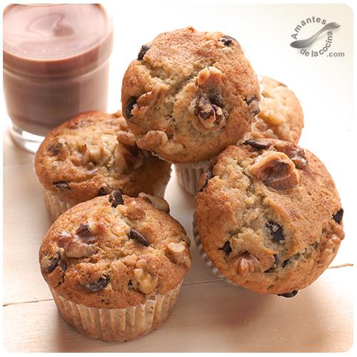 Muffins de banana, chocolate y nueces